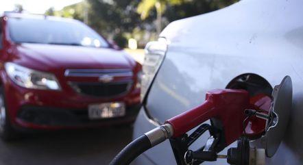 Abastecimento com gasolina