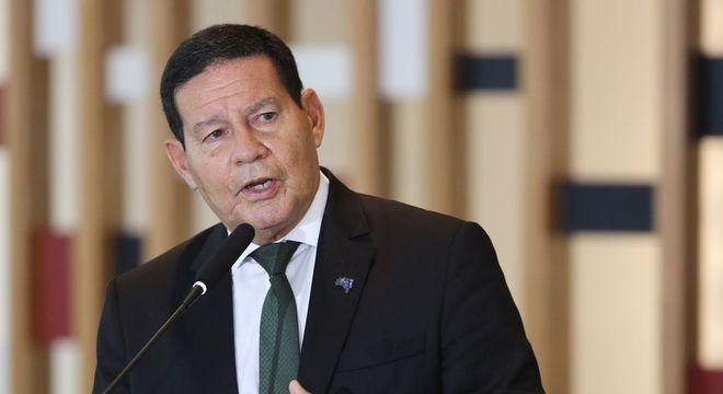 Mourão afirmou não ver ministros em atividades ilícitas