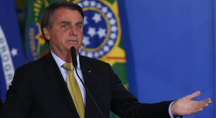 Desemprenho de Bolsonaro é reprovado por 62,5%