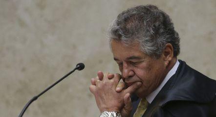 O ministro Marco Aurélio Mello durante julgamento no STF; decano vai se aposentar