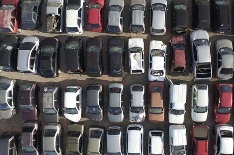 Motorista que não pagar imposto está sujeito a multa
