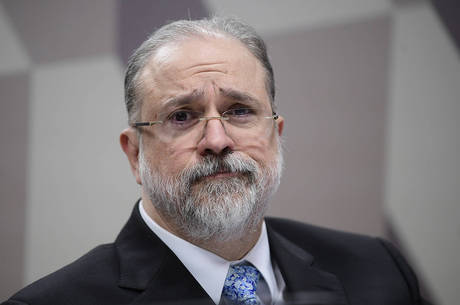 Carte de renúncia foi encaminhada a Augusto Aras