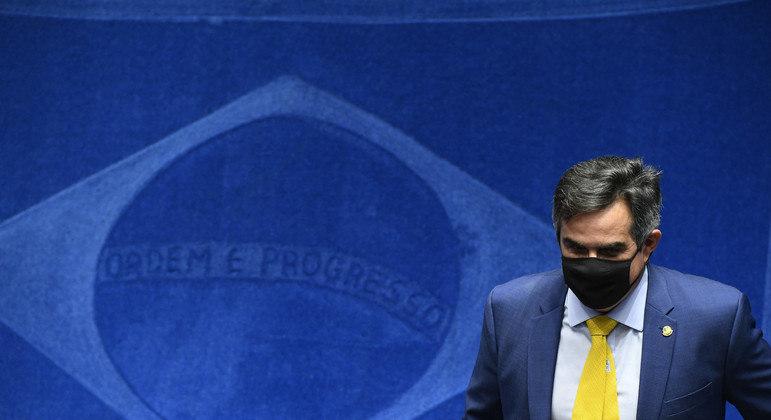Atualmente, senador defende Bolsonaro de denúncias na CPI da Covid
