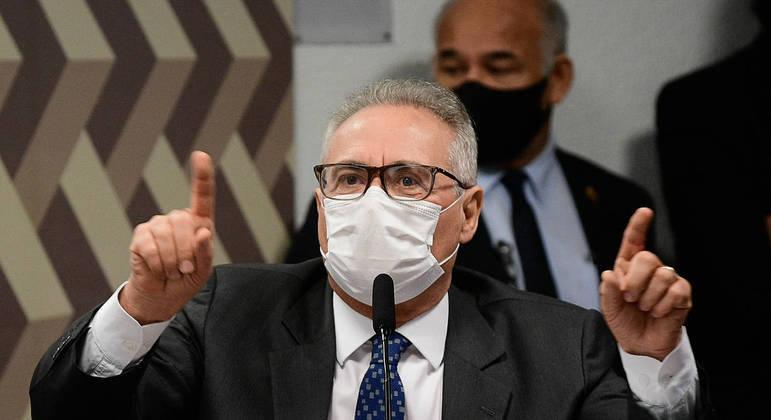 Bolsonaro foi citado nesta segunda-feira (5) como um dos participantes da rachadinha na Alerj