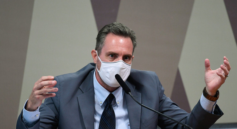 Dominguetti acusou ex-diretor do Ministério da Saúde de pedir propina por doses de vacina