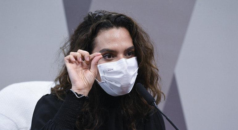 Médica infectologista Luana Araújo concede depoimento à CPI da Covid em Brasília