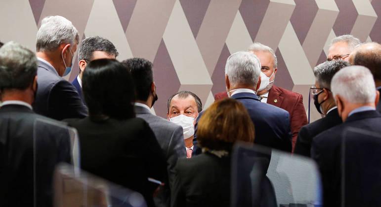 Senadores também pediram ao STF a condução coercitiva de Marconny Albernaz