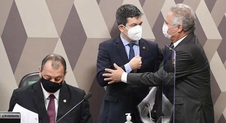 Omar Aziz (PSD-AM), Randolfe Rodrigues (Rede-AP) e Renan Calheiros (MDB-AL)
