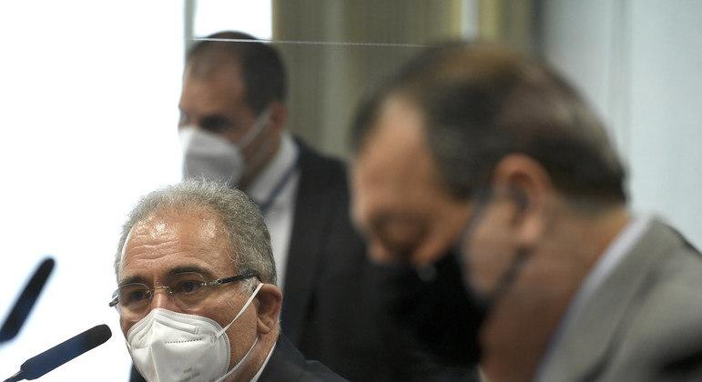Ministro da Sáude, Marcelo Queiroga, em depoimento à CPI da Covid, ao lado do presidente  Omar Aziz