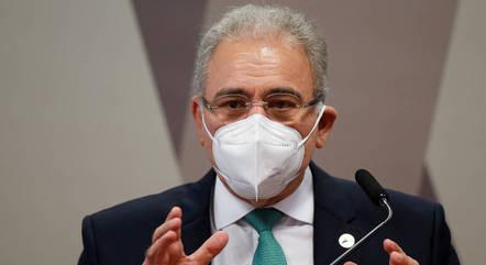 Troca do ministro da Saúde amenizou rejeição