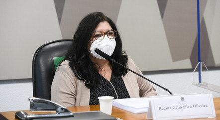A depoente Regina Célia Silva Oliveira