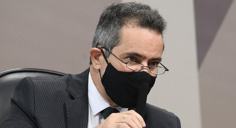 Elcio Franco citou lei complementar que justificaria possível subnotificação