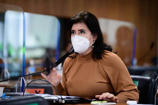 Em pronunciamento, à bancada, senadora Simone Tebet (MDB-MS). Foto: Pedro França/Agência Senado