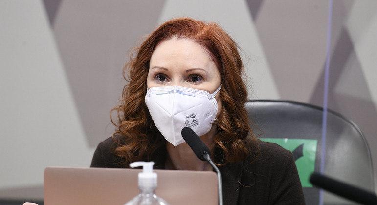A microbiologista Natalia Pasternak, na CPI da Covid