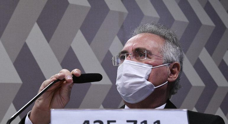 Relator da CPI da Covid, senador Renan Calheiros foi xingado de 'vagabundo' por Flávio e Jair Bolsonaro