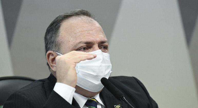 Pazuello fala à CPI da Covid