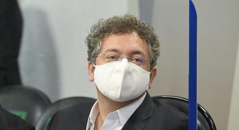 Francisco Maximiano, dono da Precisa