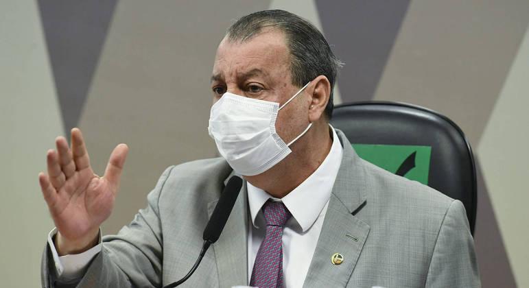 O senador Omar Aziz (PSD-AM), durante sessão da CPI     Foto: Jefferson Rudy/Agência Senado