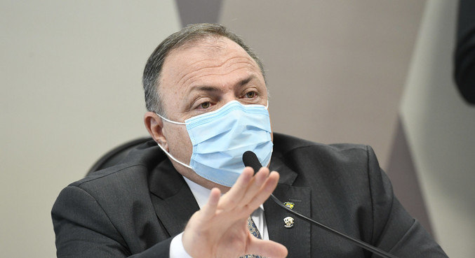 O ex-ministro da Saúde general Eduardo Pazuello
