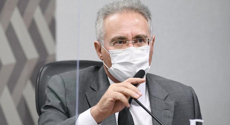Calheiros fez o pedido após senador Alessandro Vieira alertar sobre o risco de disseminação de notícias falsas