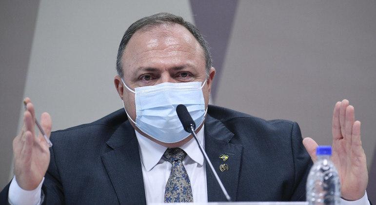 Pazuello saiu do Ministério da Saúde pouco depois da assinatura de contrato pela Covaxin