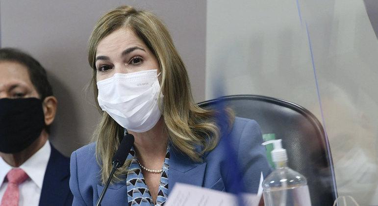Secretária de Gestão do Trabalho e da Educação na Saúde do Ministério da Saúde, Mayra Pinheiro, em depoimento