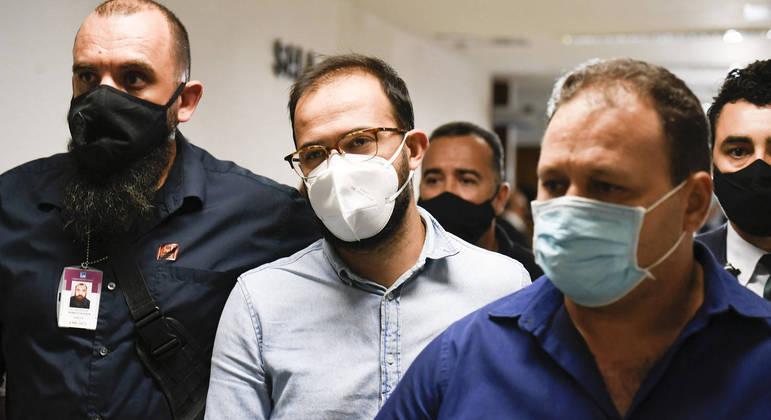 Luis Ricardo Miranda, ao centro da imagem, disse que Onyx mentiu ao acusá-lo de fraude