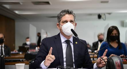 Na imagem, senador Rogério Carvalho (PT-SE)