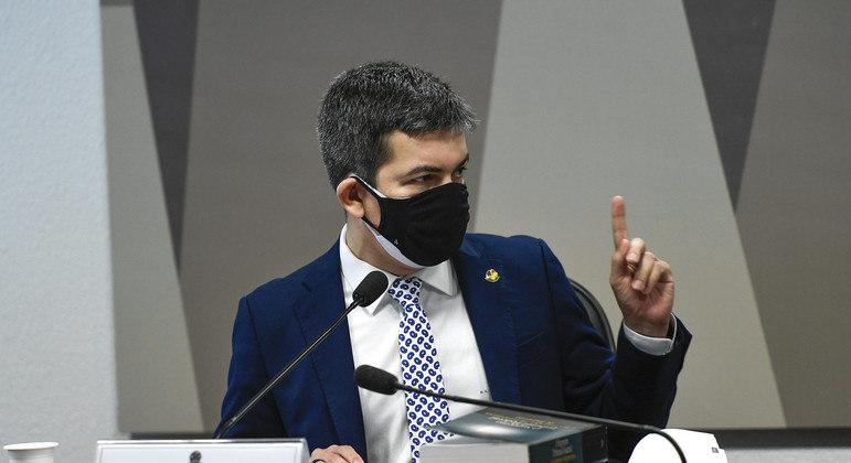 Gabinete paralelo é apontado por senadores oposicionistas e independentes da CPI