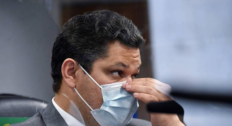 Outrora aliado de Bolsonaro, Davi Alcolumbre, agora, é alvo de ataques do presidente