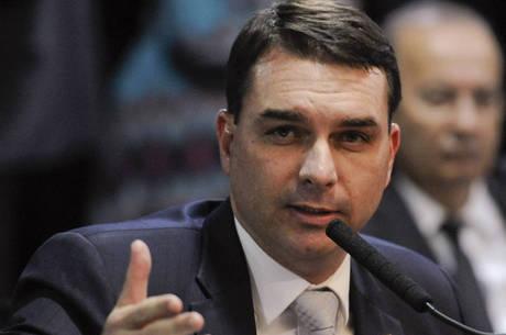 """Senador Flavio Bolsonaro: """"Importante passo"""""""