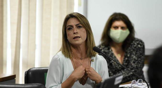 A senadora Soraya Thronicke (PSL-MS), que foi diagnosticada com covid-19