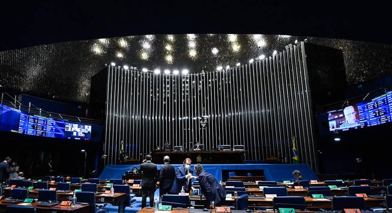 CPI da Covid: minoria em apoio ao Planalto.