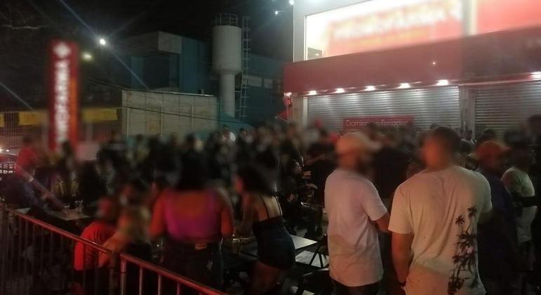 Equipes da polícia fecham festas na zona leste e sul de São Paulo