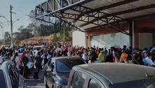 Covid-19: ginásio na Grande São Paulo tem aglomeração por vacina