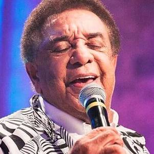 Músico está com 84 anos