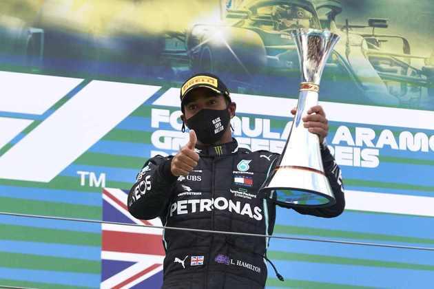 Agora, Hamilton e Schumacher estão empatados com 91 vitórias