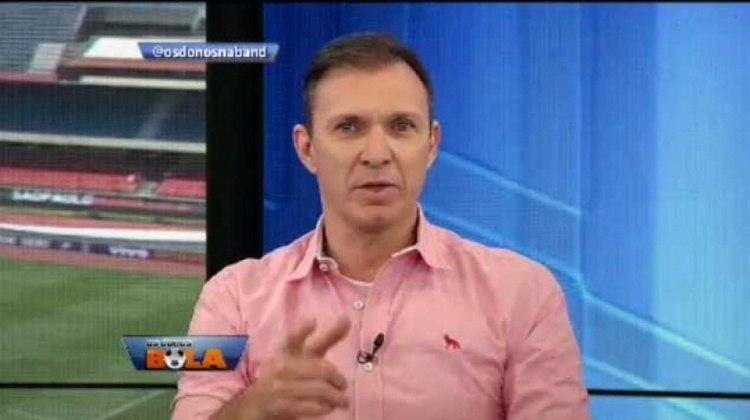 Agora os reservas da final. O ex-goleiro Velloso, que se machucou no começo da campanha,atualmente faz a função de comentarista na Band.