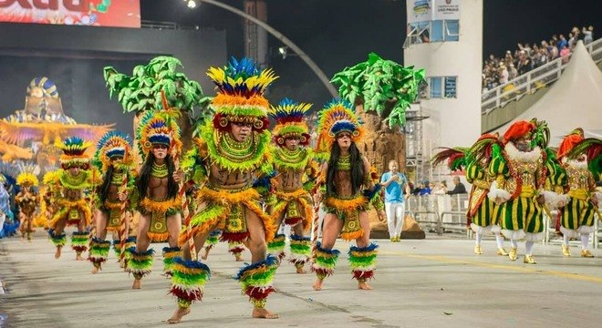 A Águia de Ouro ficou em 6º lugar no Carnaval 2019