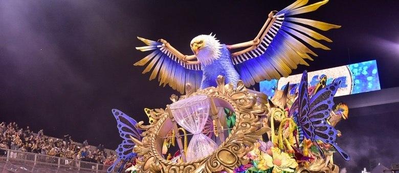 Internautas comemoram a vitória da Águia de Ouro nas redes sociais