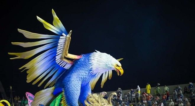 Águia de Ouro vai desfilar neste sábado no Sambódromo de Anhembi