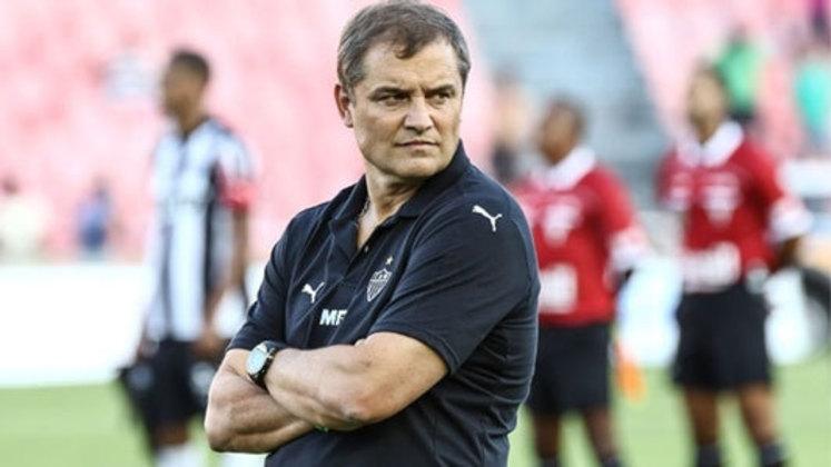 Aguirre chegou em 2016 para comandar o Atlético Mineiro, porém sua passagem por Belo Horizonte não foi das melhores, sendo eliminado nas quartas de final da Libertadores e não conseguindo conquistar o Mineiro daquele ano. Após 31 jogos, pediu demissão do cargo, somando 16 vitórias e oito derrotas.