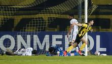 Corinthians é atropelado pelo Peñarol e dá adeus à Sul-Americana