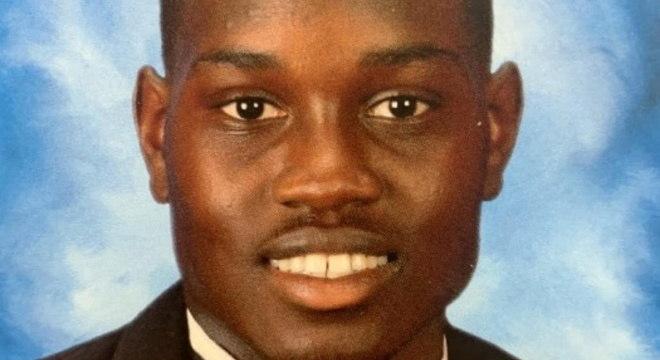Ahmaud Arbery foi morto em fevereiro, após ser perseguido por 3 homens brancos