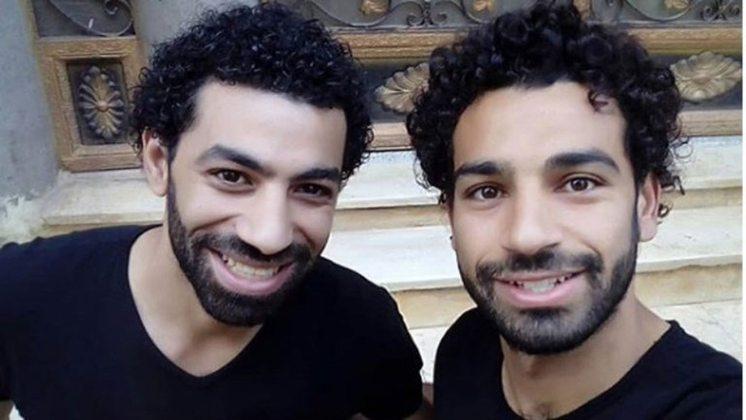 Ahmed Bahaa é compatriota do egípcio Mohamed Salah, que se destaca com a camisa do Liverpool. O sósia fez sucesso em 2018 e chegou a conhecer o craque egípcio.