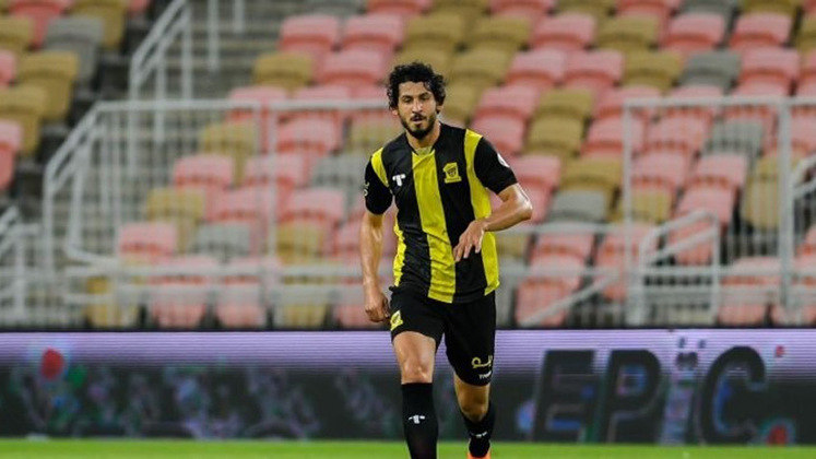 Ahmed Hegazy - Clube: Al-Ittihad - Seleção: Egito - Posição: Zagueiro - Idade: 32 anos - Valor segundo o Transfermarkt: 4 milhões de euros (aproximadamente R$ 24,18 milhões)