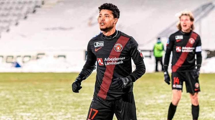 Aílton (26 anos) - Posição: lateral-esquerdo - Clube atual: Midtjylland - Valor de mercado: 900 mil de euros