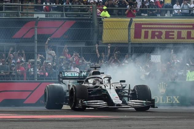Ainda na Fórmula 1, a Mercedes conseguiu ser campeã de Construtores por seis temporadas seguidas, entre 2014 e 2019.