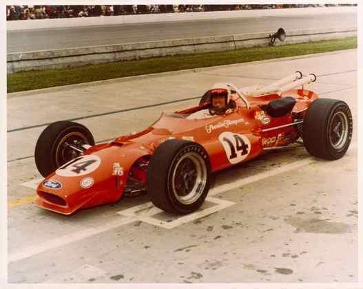 A.J. Foyt é um dos quatro vezes vencedor. Triunfou em 1961, 1964, 1967 e 1977