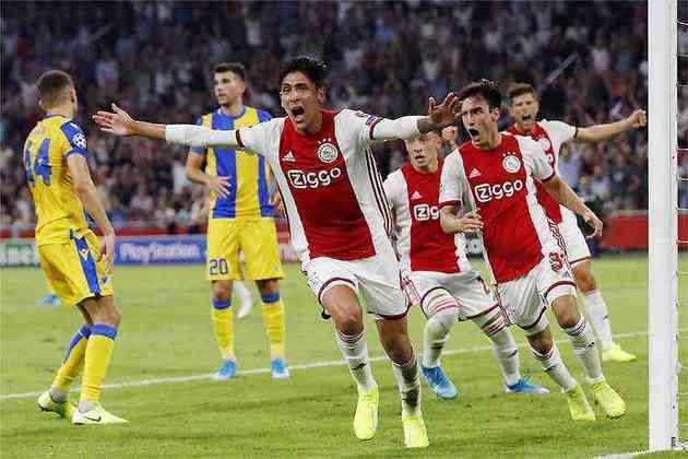 Ajax - Onana, Dest, Veltman, Martínez, Tagliafico; Gravenberch, Eiting, Ekkelenkamp; David Neres, Promes, Babel. Técnico:  Erik Tem Hag